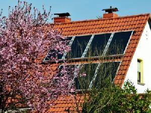 Frühling bei erneuerbaren Energien (Foto: pixelio.de © Dr. Klaus-Uwe Gerhardt)